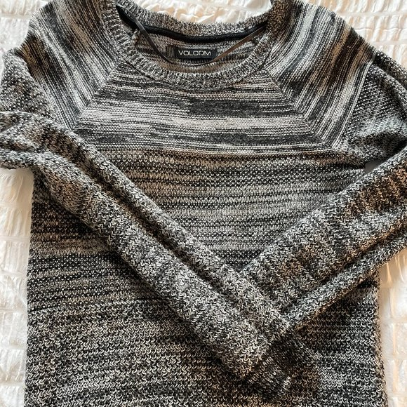 Volcom Knit Sweater Great Size 6